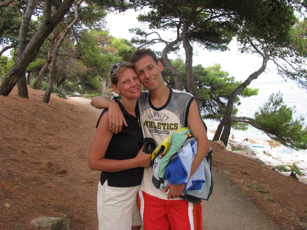 Zorica sa sinom Petrom (privatna arhiva)